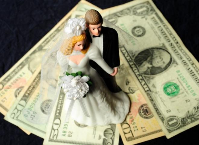 Love & Money: Save Money Together & Save Your Marriage