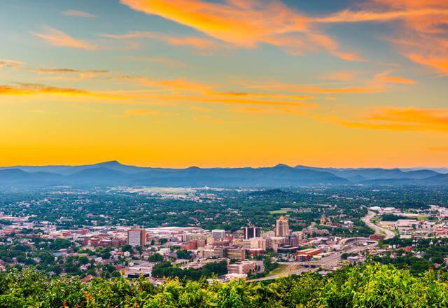 Top 9 Reasons To Consider Retiring in Roanoke, Virginia